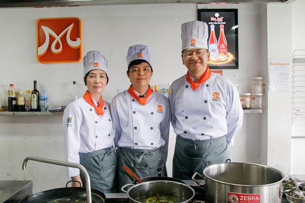 Gia đình ông Kim Jin Seo