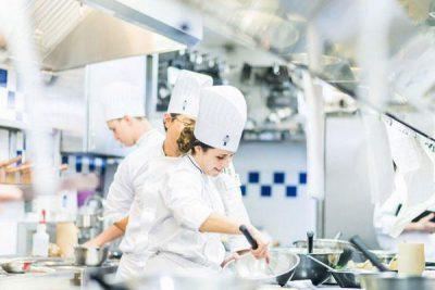 Nhu cầu nhân lực nghề bếp tại Úc